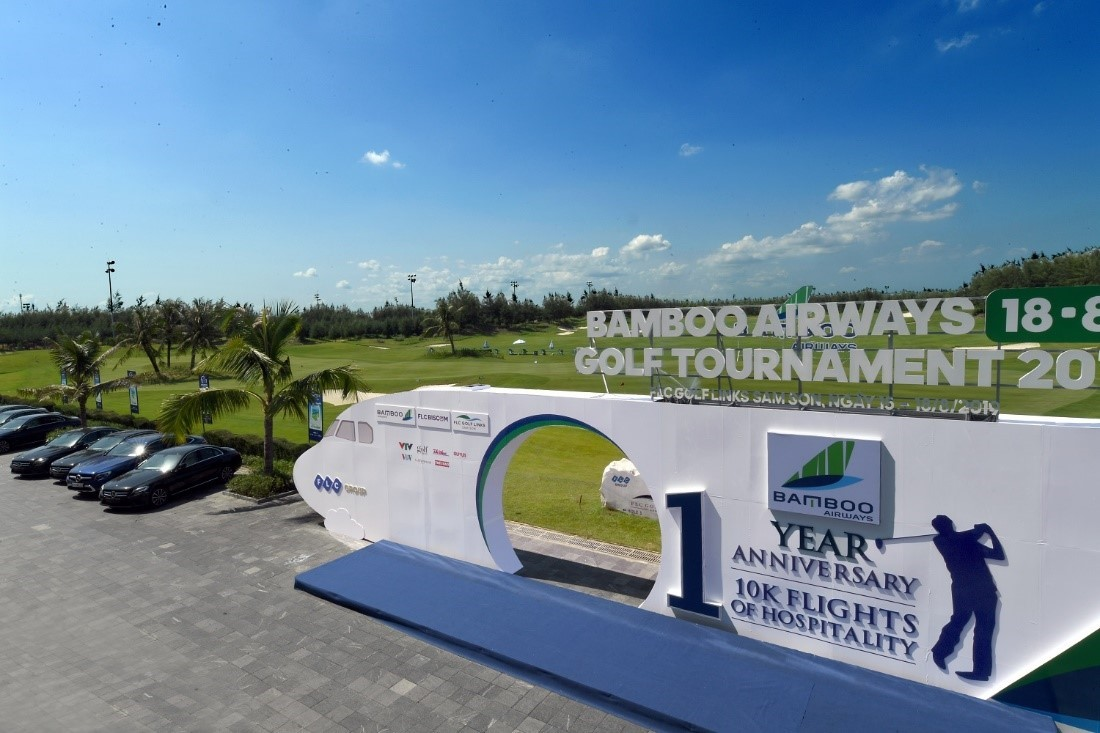 18 8 golf tournament 2019 of bamboo airways has officially. Black Bedroom Furniture Sets. Home Design Ideas