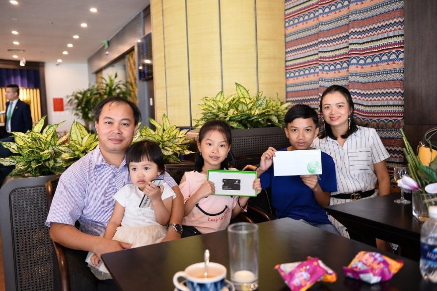 Anh Nguyễn Văn Trường cùng gia đình