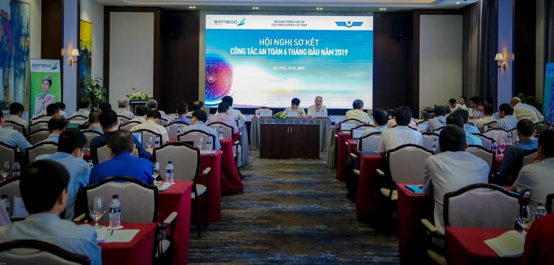 Toàn cảnh buổi Hội nghị sơ kết công tác đảm bảo an toàn hàng không 6 tháng đầu năm 2019